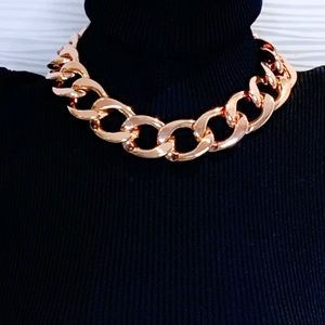 Jewelry - Rose Tone Gold Chunky Chain Statement Piece